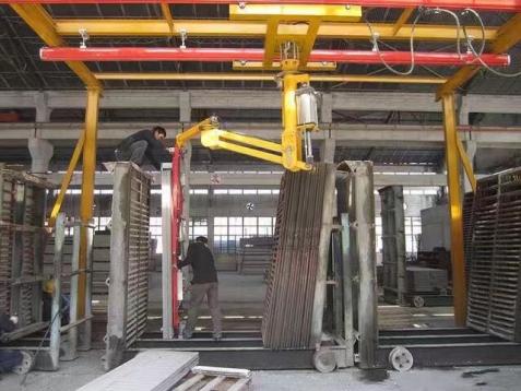 工业机械手按控制方式分类简述及其特点