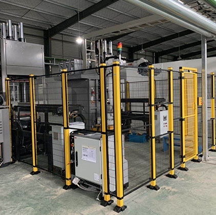 Intelligent manufacturing automated production line for rubber injection machine